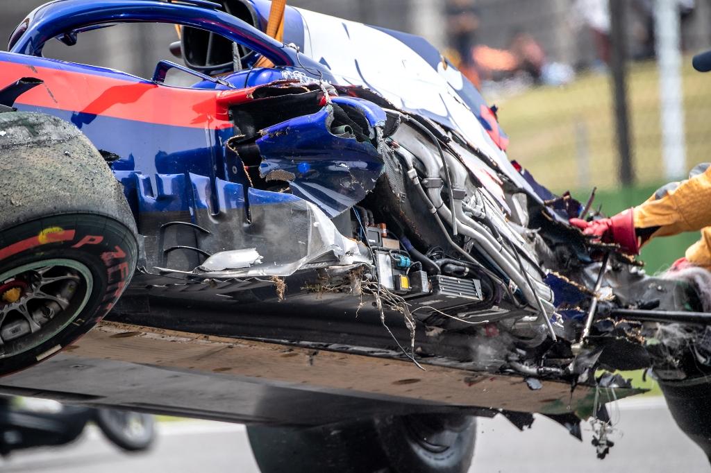 Алекс Албон, Гран при на Китай 2019, катастрофа