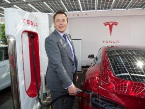 Илон Мъск, Tesla