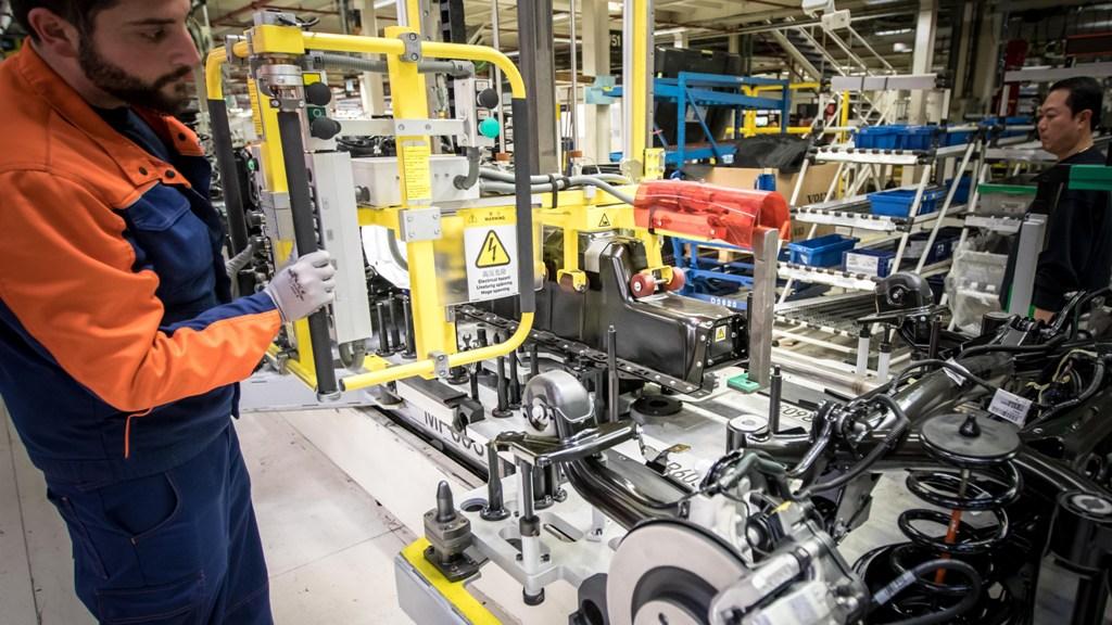 Volvo, фабрика, съоръжение, завод, производство, работа