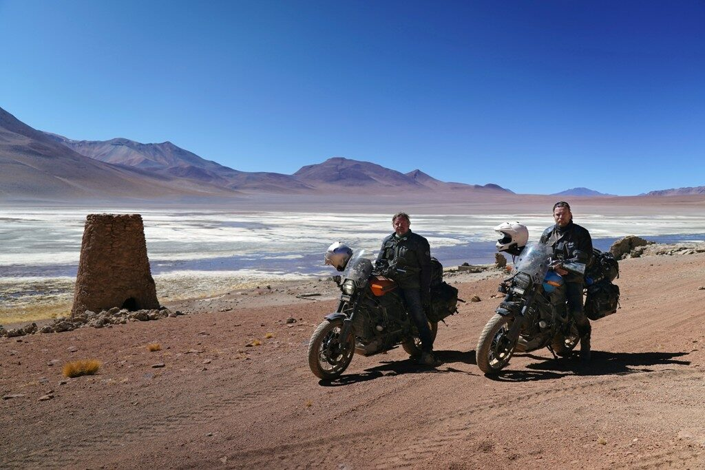 Long Way Up, Harley-Davidson LiveWire, Юън Макгрегър, Чарли Бурман
