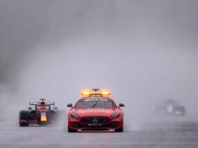 Спа, Спа-Франкоршамп, дъжд, сейфти кар, кола за сигурност